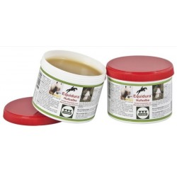 Equidura hoof ointment with laurel oil
