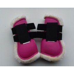 Tendon boots lined with imitation fur